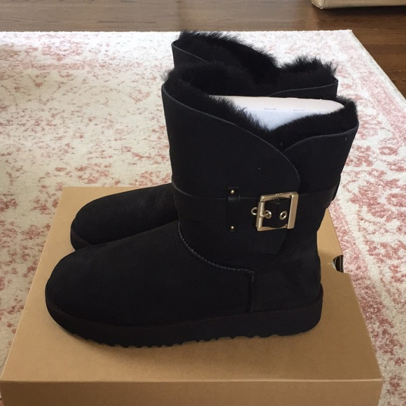707b17d313f Ugg Jaylyn boots black size 8 new in box NWT